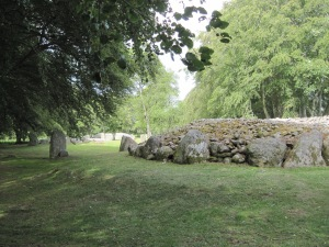 Clava Cairns, side of a burial chamber